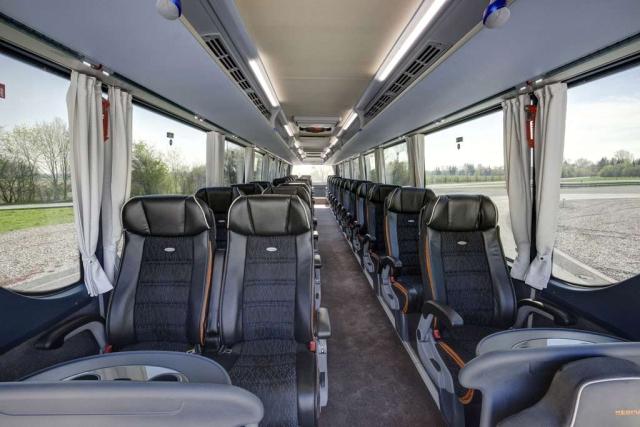 autobus-neoplan-tourliner-l-2015-proauto-03